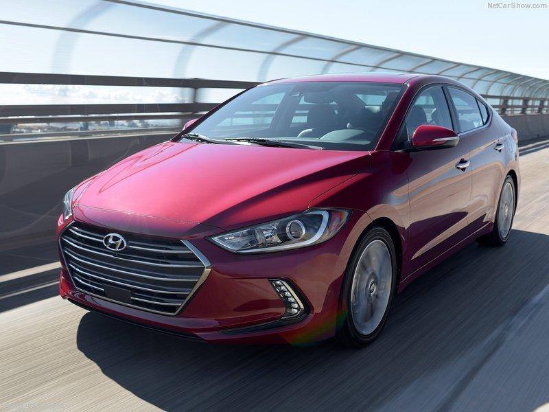 Hyundai-Elantra-2017-800-09.jpg