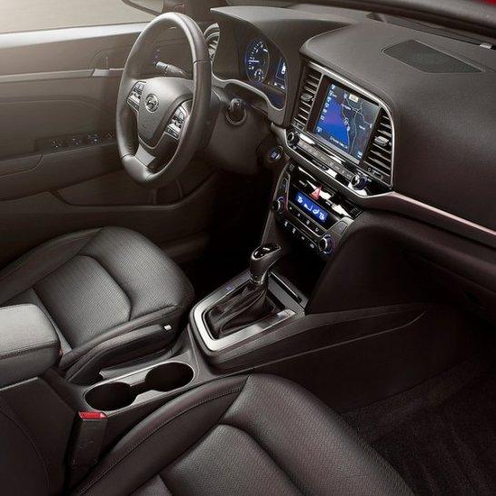 Hyundai-Elantra-2017-800-14