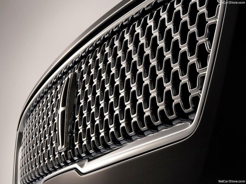 Lincoln-MKZ-2017-800-0a.jpg