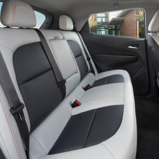Chevrolet-Bolt_EV-2017-800-1d