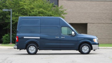 2017-nissan-nv3500-review (1)