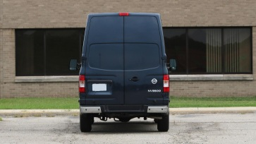 2017-nissan-nv3500-review (3)