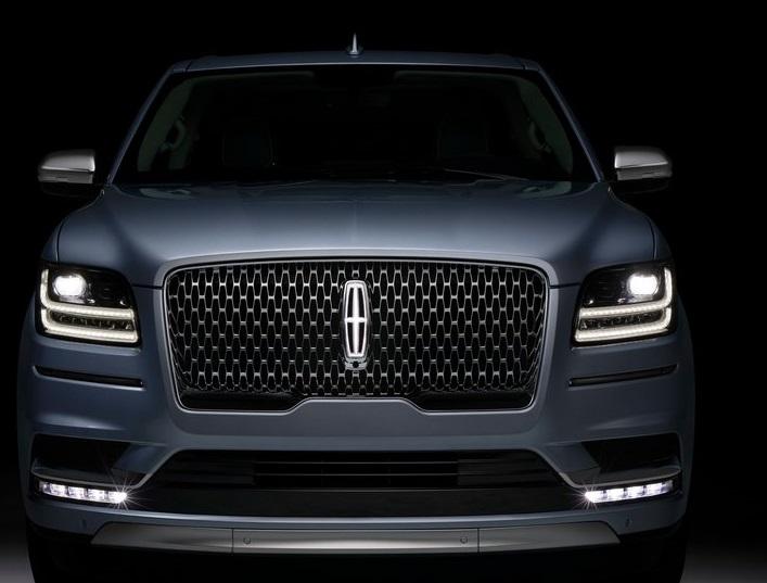 Lincoln-Navigator-2018-800-09