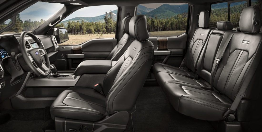 ford-lobo-2019-camioneta-pick-up-interior-asientos-piel-tecnologia-pantalla-equipamiento.jpg