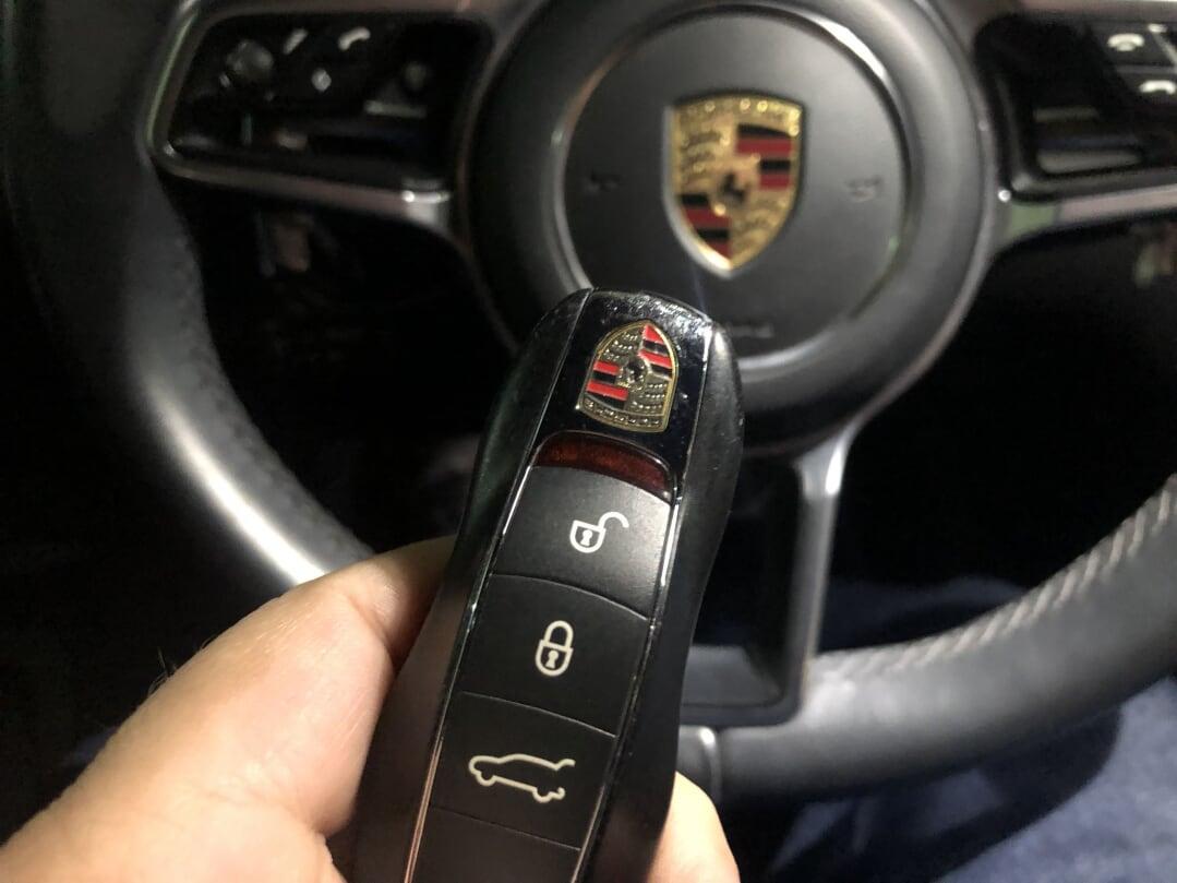 La Porsche de Patricia