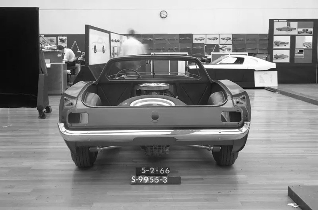 mid-engine-1966-ford-mustang--photo-credit-john-clor-ford_100741778_l