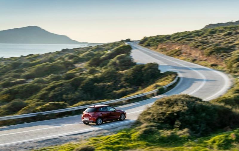 Mazda-2-2020-800-55