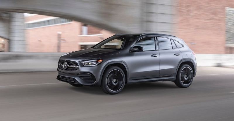 Mercedes-Benz-GLA_US-Version-2021-800-16