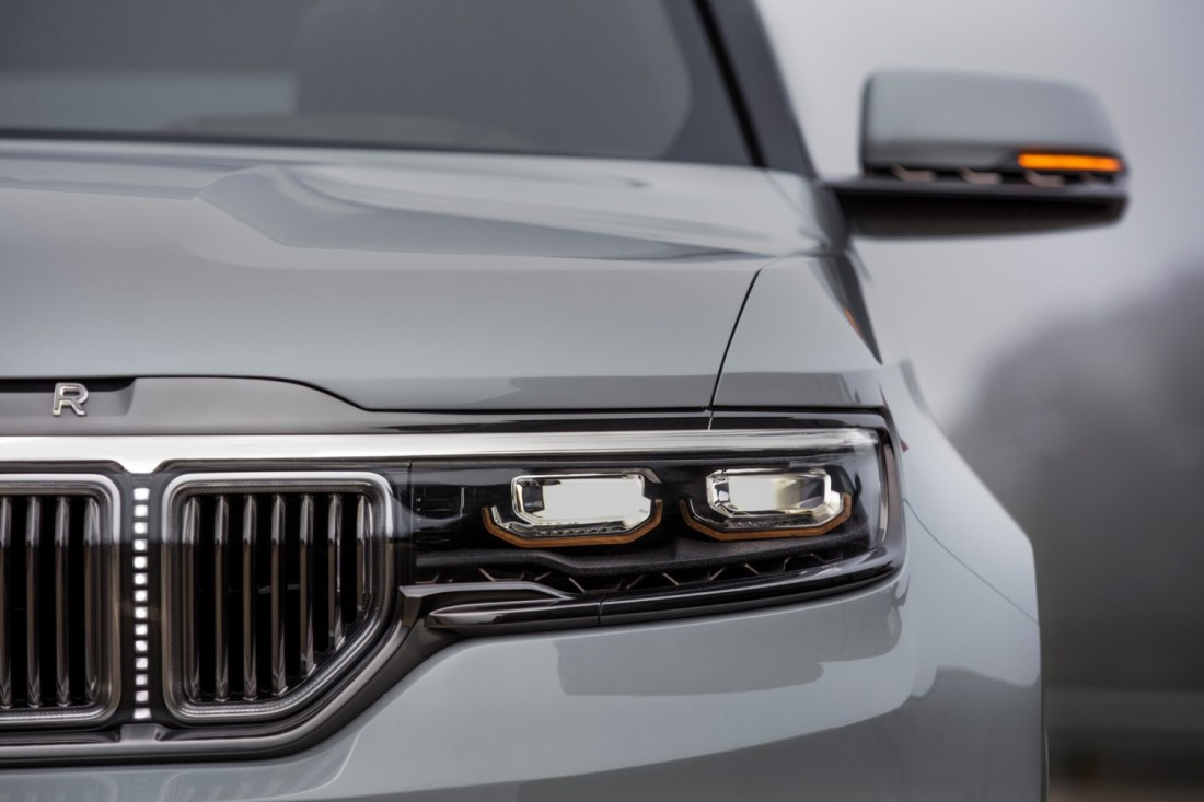 Jeep® Grand Wagoneer Concept_21
