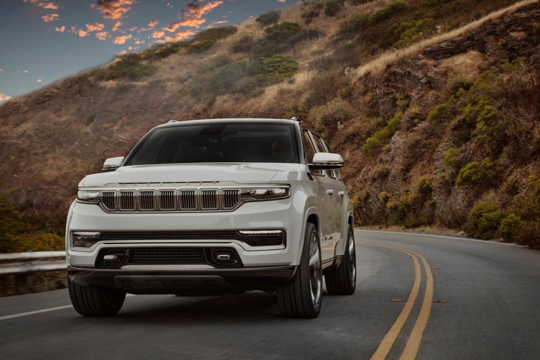 Jeep® Grand Wagoneer Concept_5