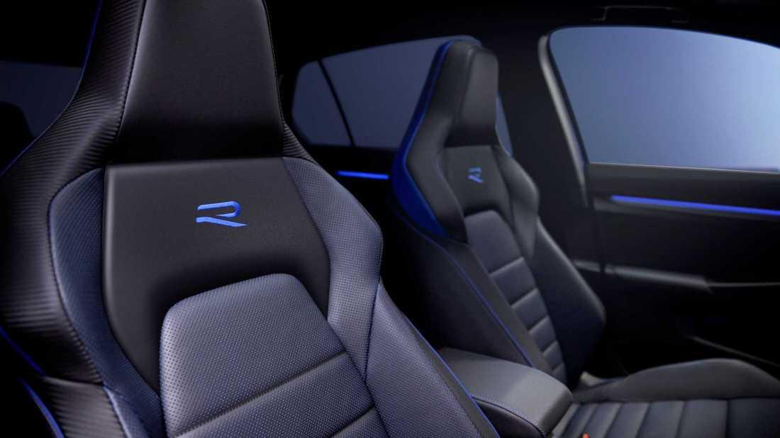 2022-volkswagen-golf-r-interior