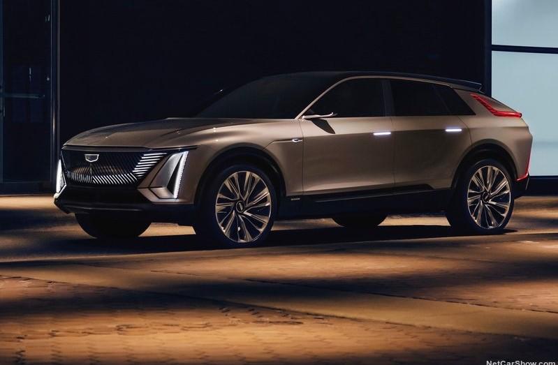 Cadillac-Lyriq_Concept-2020-pics-1