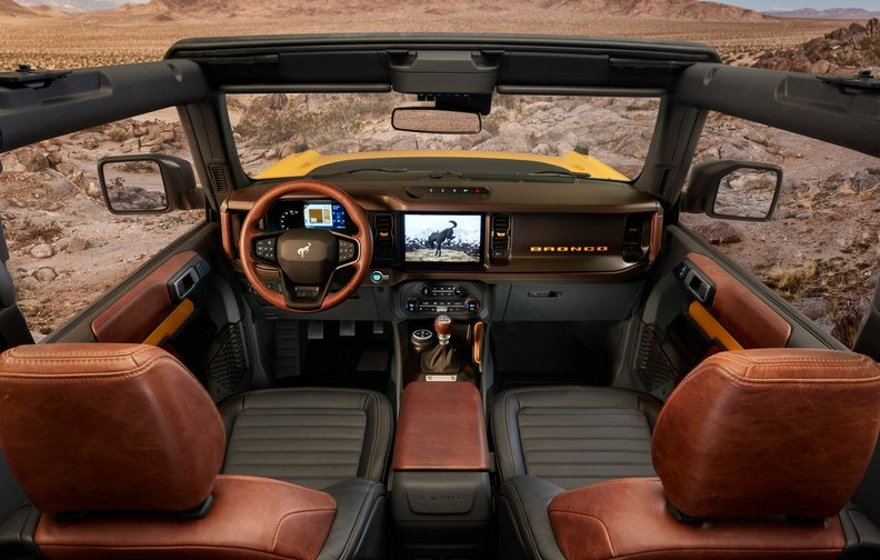 Ford-Bronco_2-door-2021-800-13