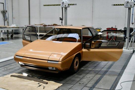 1981-mazda-mx-81-concept-car-undergoes-restoration-at-superstile-in-turin_100791779_h