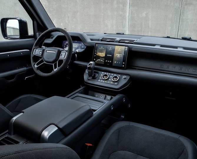Land_Rover-Defender_V8-2022-800-17