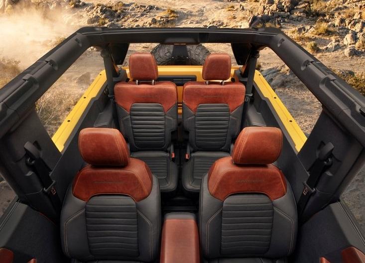 Ford-Bronco_2-door-2021-800-14
