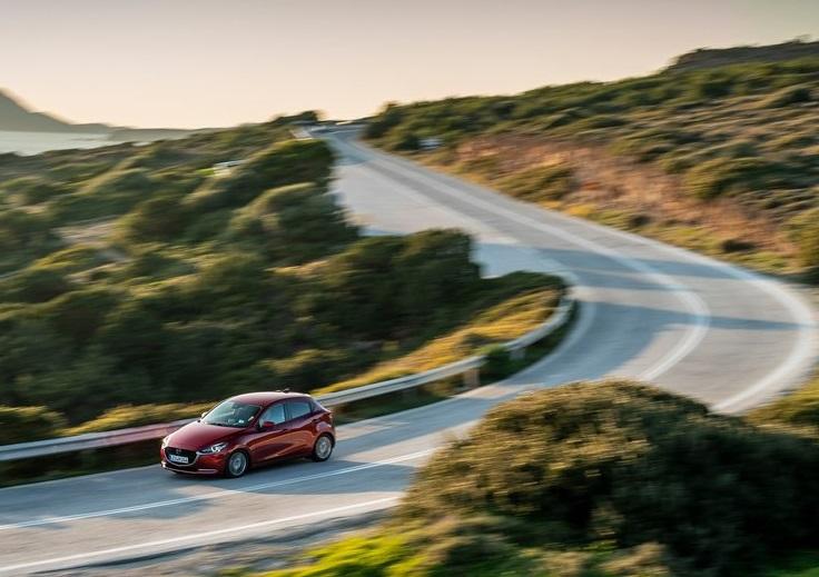 Mazda-2-2020-800-2a